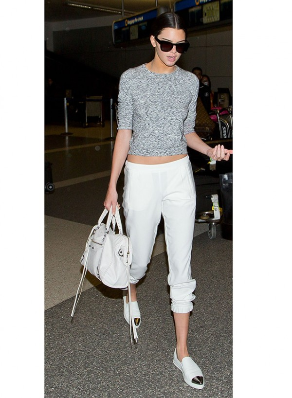 kendall_jenner_white_silver_pointed_skate_boohoo_shoes
