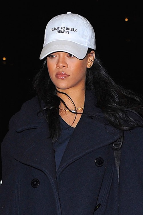 12-rihanna-I-came-to-break-hearts-dad-hat-1.w529.h793.2x