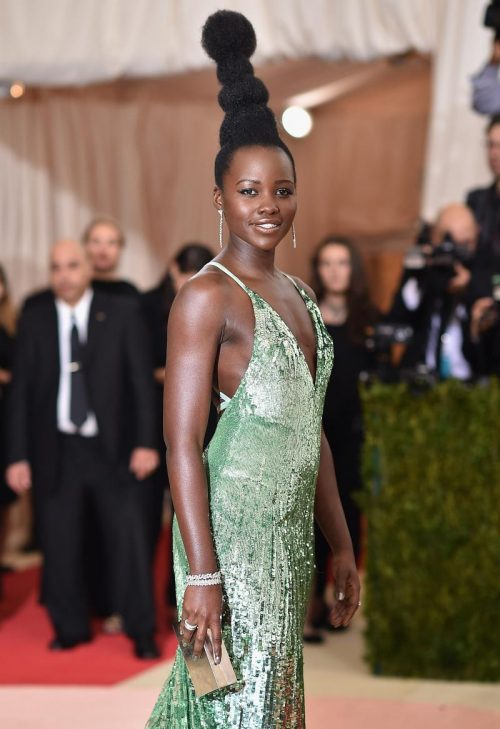 Lupita-Nyongo-Salutes-Africa-Not-Whoville-With-Her-Met-Gala-Hair-476624570-1462309222
