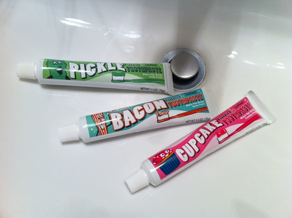 flavored-toothpaste-review